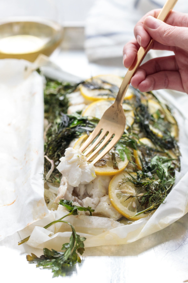 Fish en Papillote with Fresh Herbs and Lemon - Quick and Healthy!