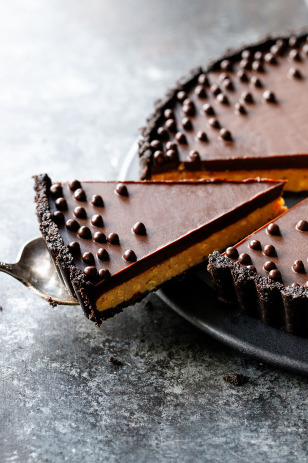 Crunchy Peanut Butter and Chocolate Tart
