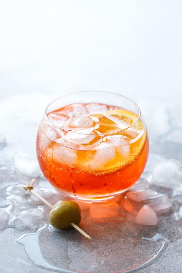 Classic Aperol Spritz Cocktail Recipe