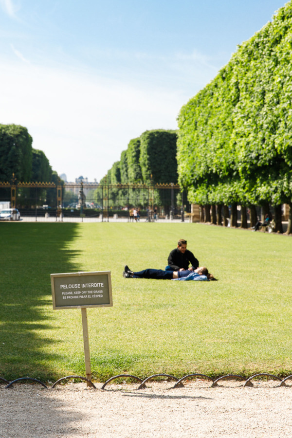 Stay off the grass. (Luxembourg Gardens, Paris, France)