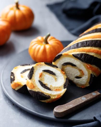 Striped Pumpkin Cake Roll with Mascarpone Whipped Cream