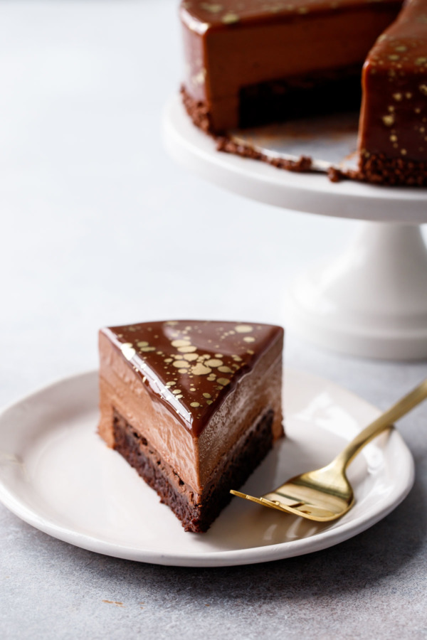 Nutella Brownie Mousse Cake with Milk Chocolate Mirror Glaze Recipe