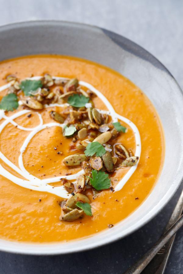 Creamy Pumpkin Soup Recipe with Maple-Roasted Pumpkin Seeds