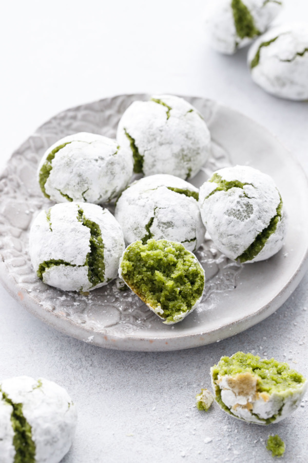 Italy meets Japan with these lovely green matcha amaretti cookies.