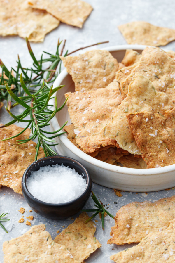 How to make olive oil crackers with sourdough discard