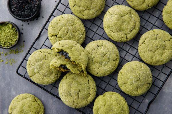 Black Sesame-Stuffed Matcha Sugar Cookies