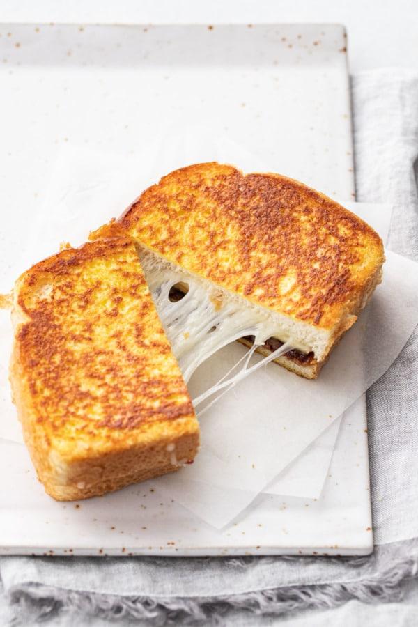Cheese pull shot
