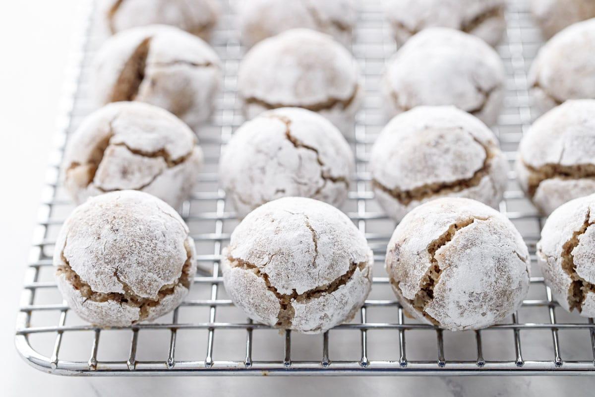 Stuffed Hazelnut Amaretti Cookies