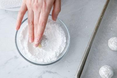 Step 7: roll in powdered sugar